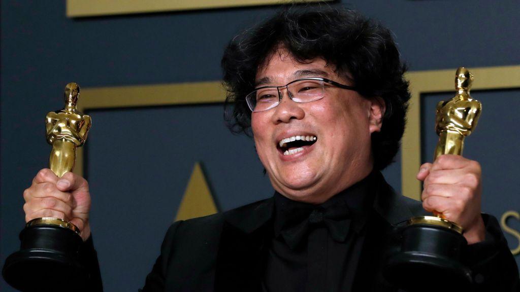सर्वश्रेष्ठ फिल्म का ऑस्कर जीतने वाली दक्षिण कोरियाई फिल्म पैरासाइट के निर्देशक बोंग जून-हो. (फोटो: रॉयटर्स)