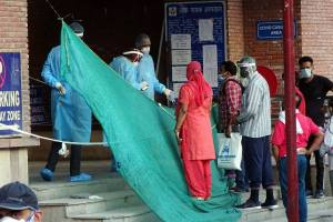 New Delhi: National Human Rights Commission (NHRC) team led by Latika Kalra visits Lok Nayak Jai Prakash (LNJP) Hospital, during ongoing nationwide COVID-19 lockdown, in New Delhi, Thursday, June 11, 2020. (PTI Photo)(PTI11-06-2020 000161B)