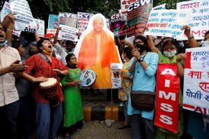 हाथरस गैंगरेप पीड़िता के लिए न्याय मांगते हुए नई दिल्ली में हुआ एक प्रदर्शन. (फोटो: पीटीआई)