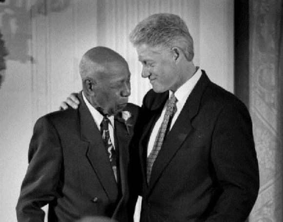 Tuskegee survivor - Herman Shaw with President Bill Clinton