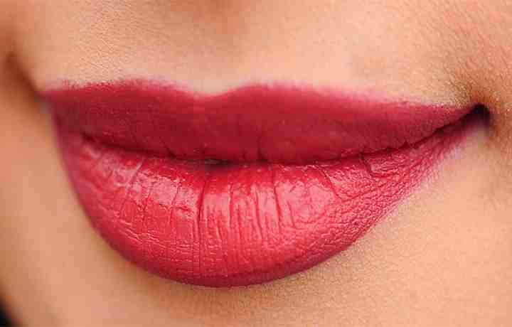 Thinking About Getting Lip Injections? Which Method is the Best?