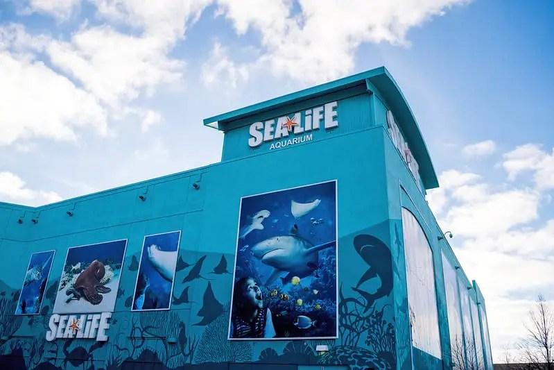 Exterior of Sea Life Aquarium in Michigan