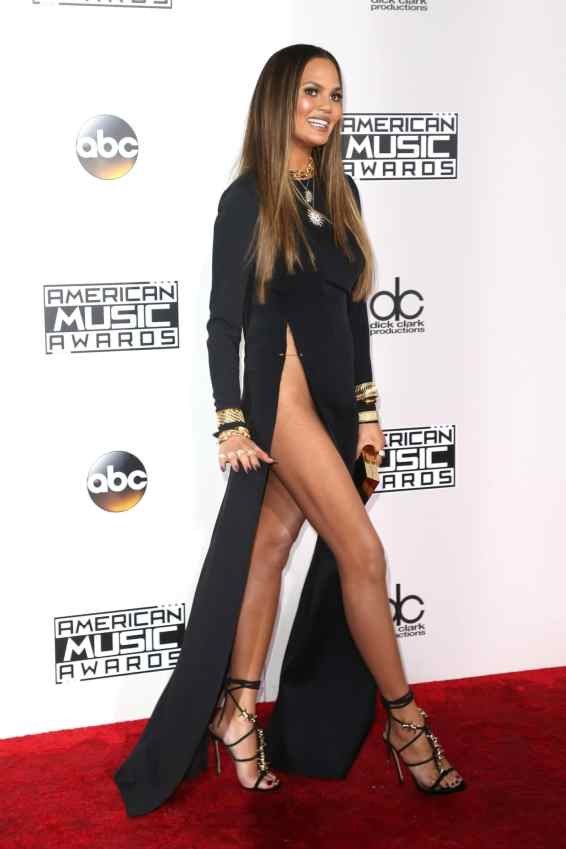 LOS ANGELES, CA - NOVEMBER 20: Model Chrissy Teigen attends the 2016 American Music Awards at Microsoft Theater on November 20, 2016 in Los Angeles, California. (Photo by Frederick M. Brown/Getty Images)