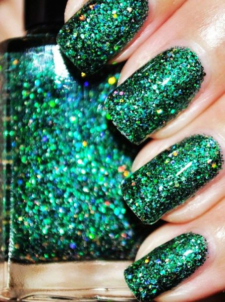 on-a-budget-green-and-gold-glitter-nail-polish-15ml-5oz-f10950