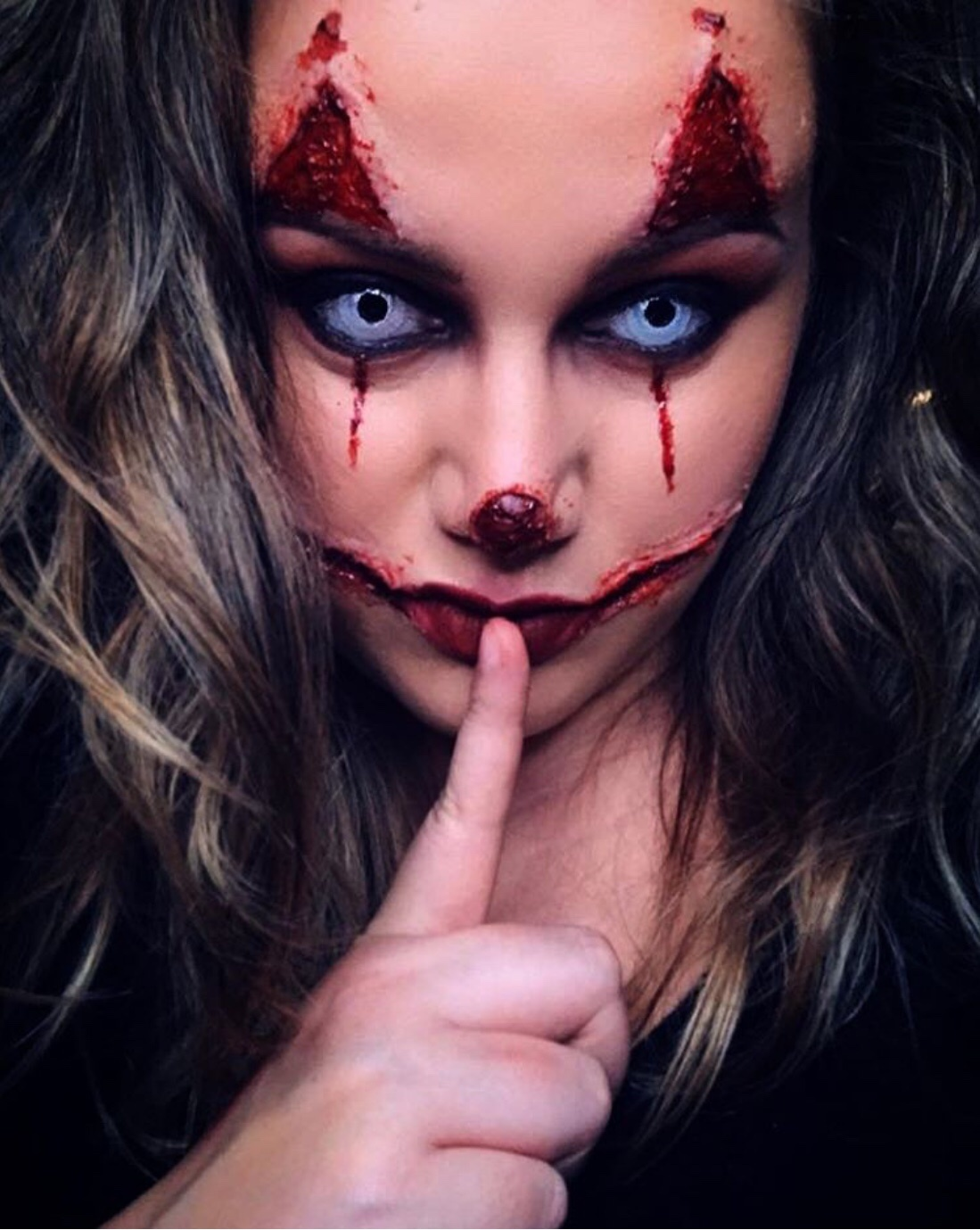 diy joker's mouth slit halloween makeup tips