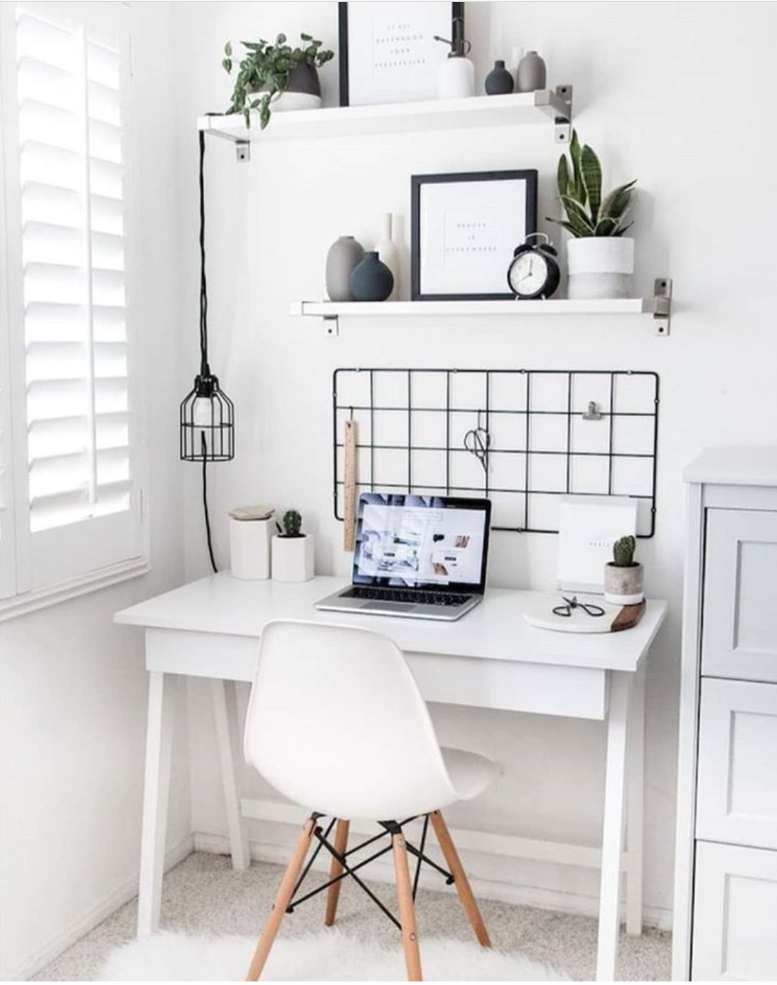 white office decor