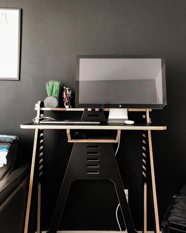 black office decor