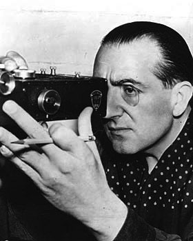 Fritz-Lang-looking-left