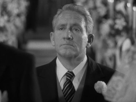 Spencer Tracy as Stanley T. Banks