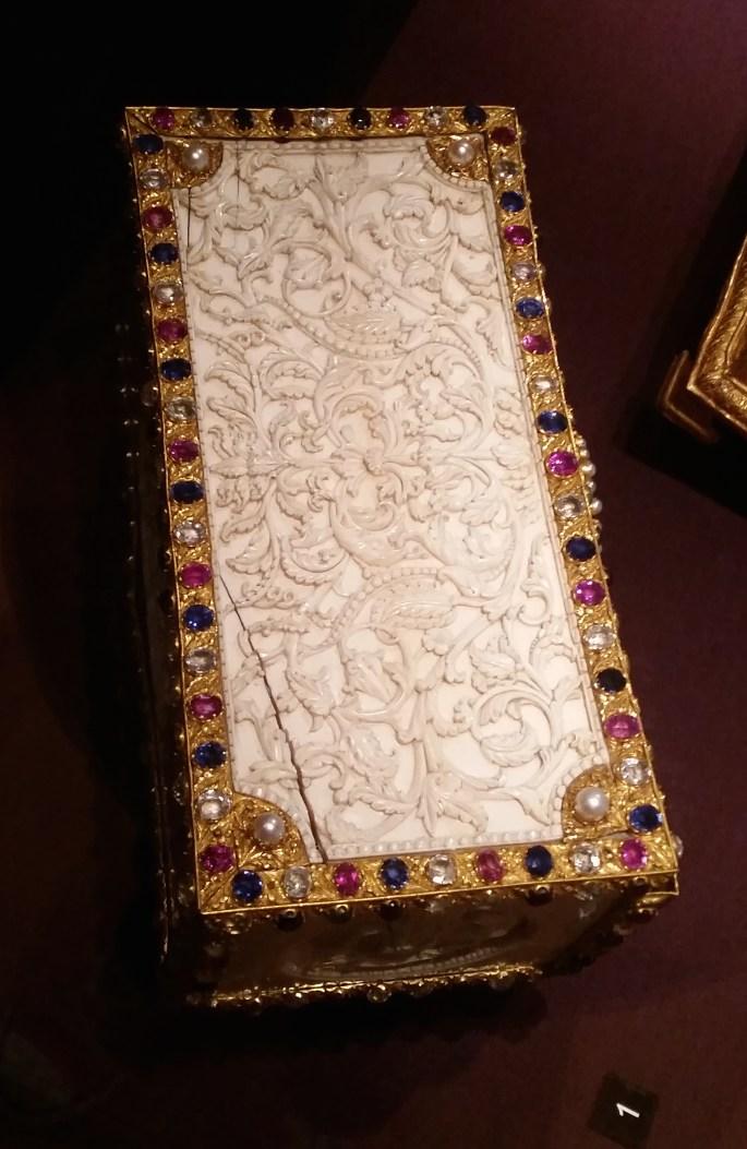 Colombo casket