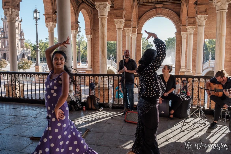 Flamenco in Plaza de España