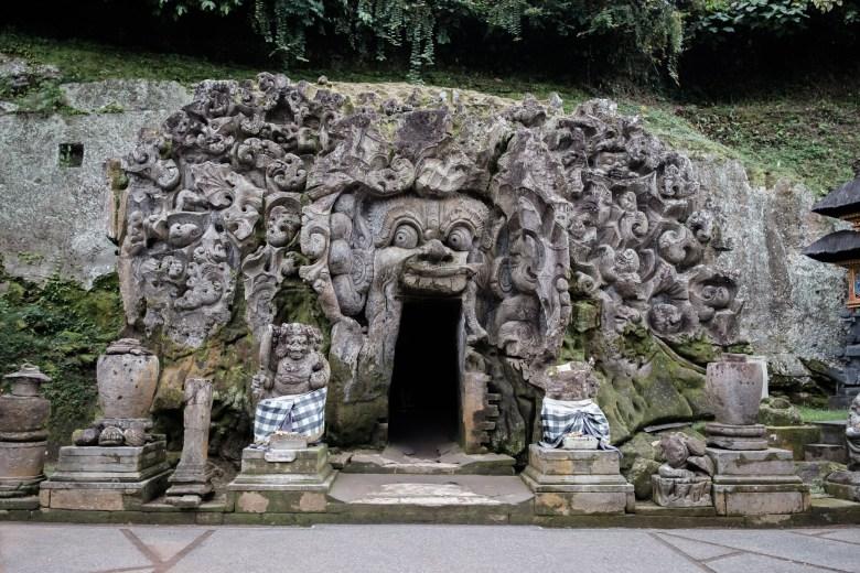 Indonesia Goa Gajah 07
