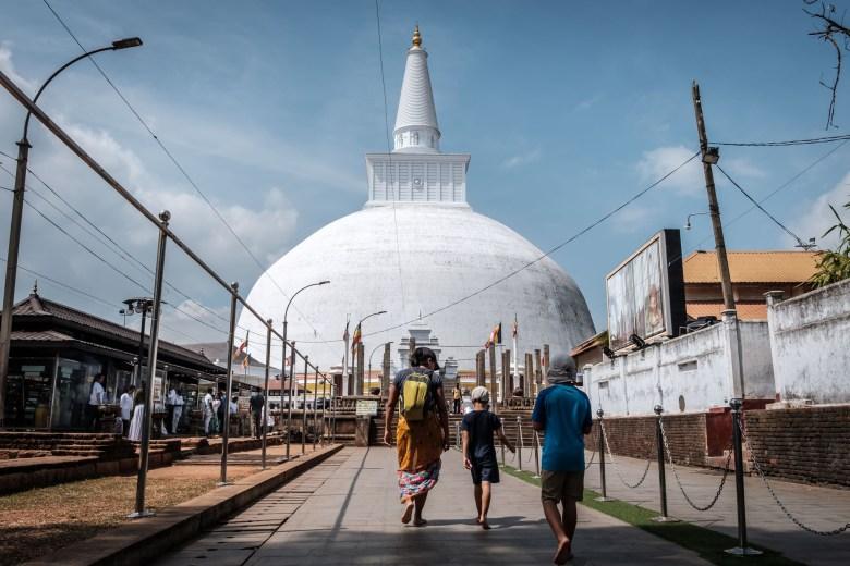 Sri Lanka Anuradhapura 04