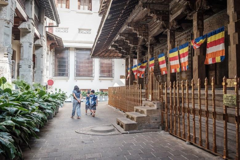 Sri Lanka Kandy 05