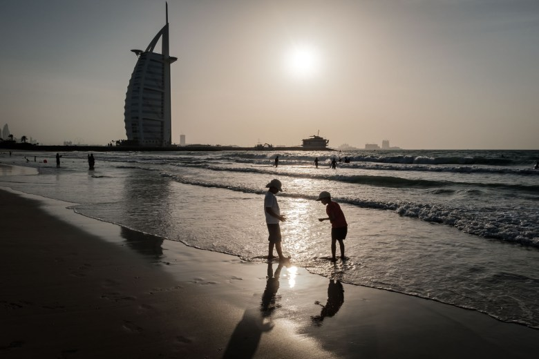 UAE Dubai 100