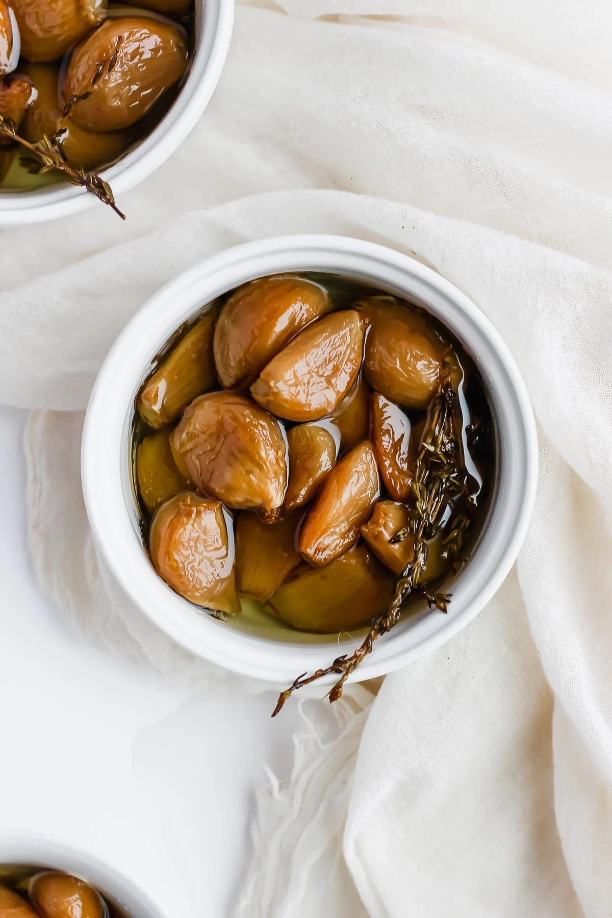 Garlic Confit - how to make the most amazing garlic confit! #whole30