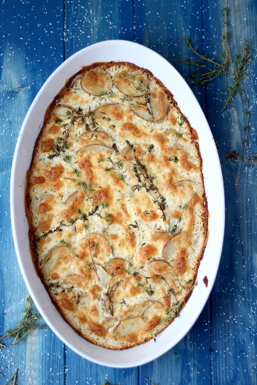 Goat Cheese Potatoes Au Gratin + Browned Butter and Fresh Thyme - awesome Thanksgiving recipe! thewoodenskillet.com