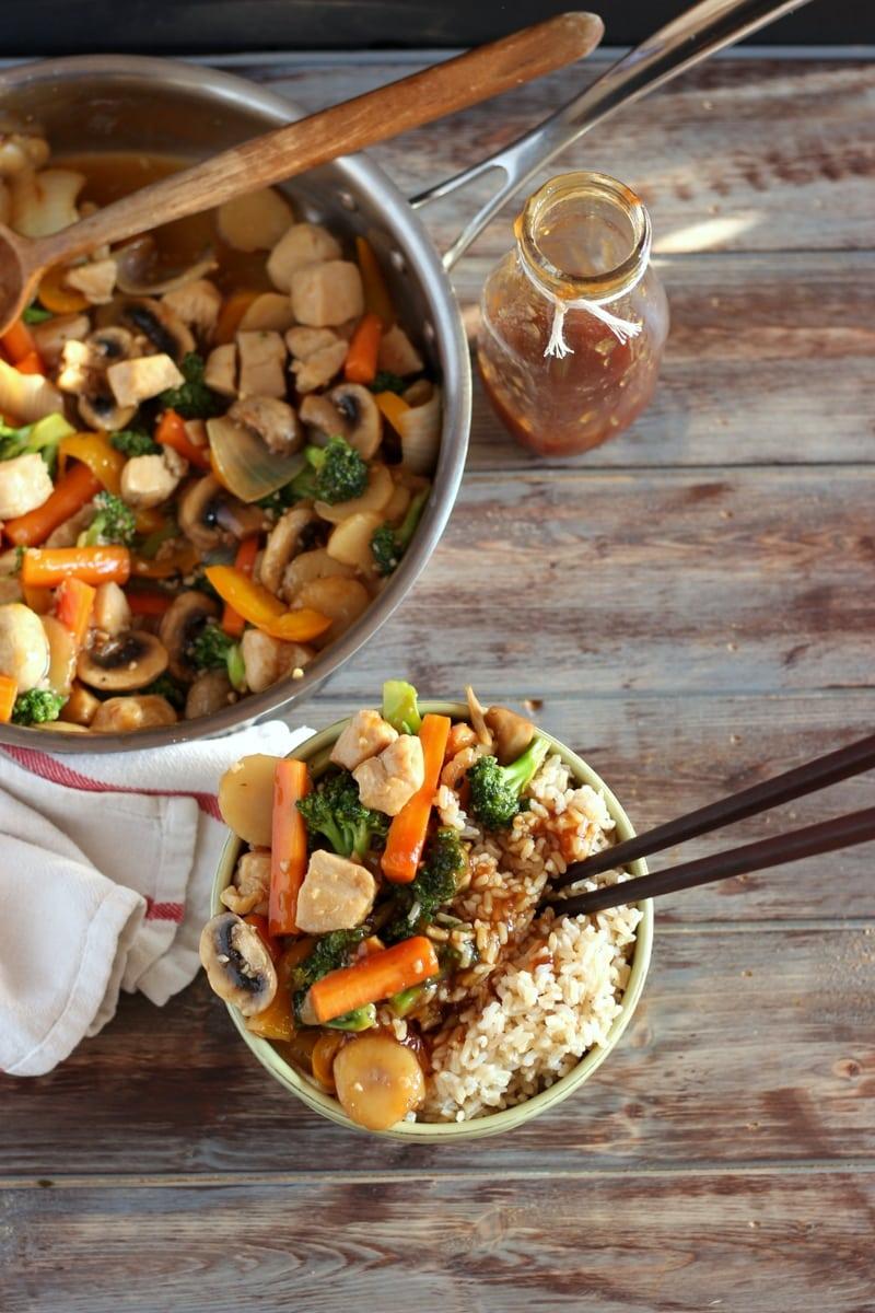 Chicken Teriyaki Stir-Fry - an easy weeknight meal! thewoodenskillet.com #vegetables
