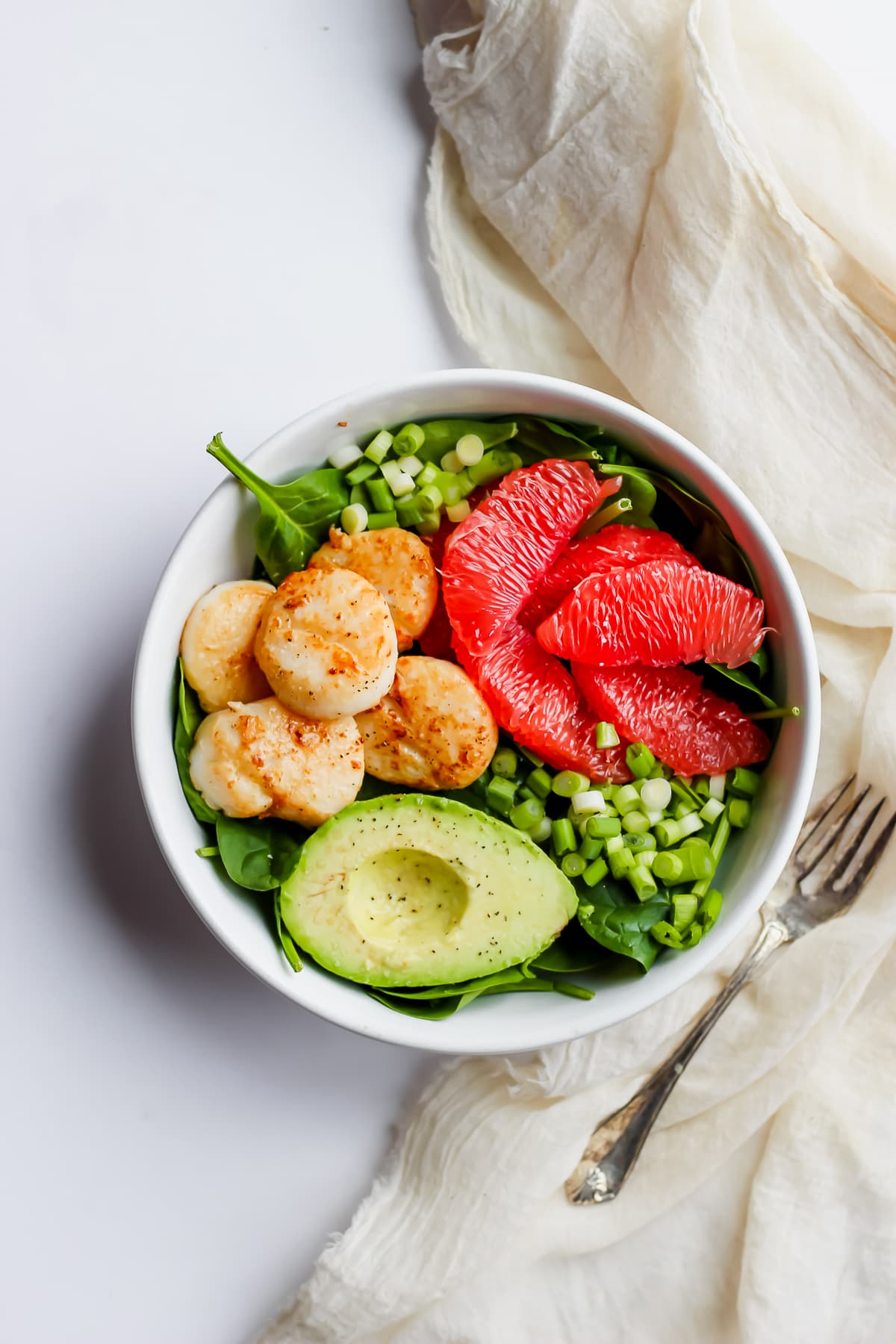 Seared Scallop Salad + Grapefruit and Avocado - at the perfect winter Whole30 salad! #whole30