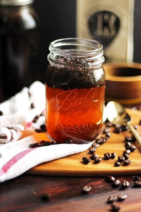 How to Make Cold Brew - thewoodenskillet.com