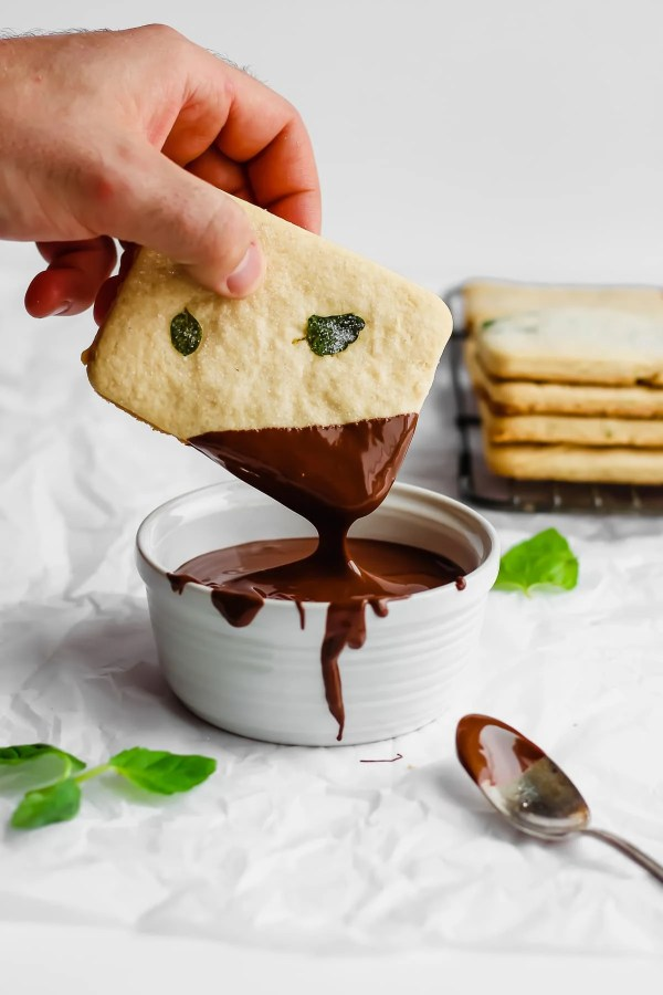 Mint Chocolate Vegan Shortbread Cookies