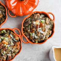 How to Make Classic Giblet Stuffing