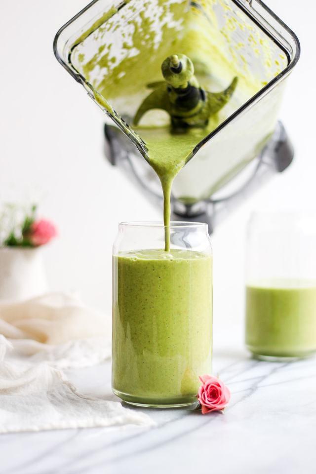 Creamy Avocado Collagen Smoothie