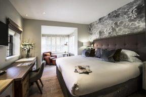 2-Foxglove-Bedroom-1024x682