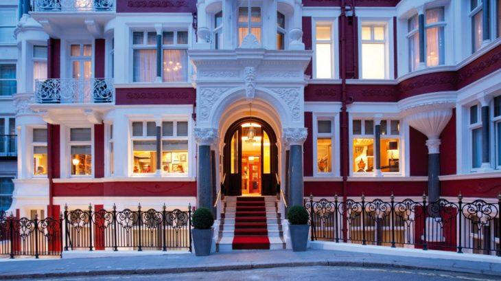 St-James-Hotel-_-Club-1-1024x574