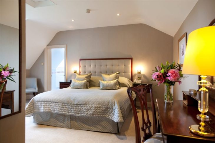 TH-Bedroom-1v2-Large-1024x682