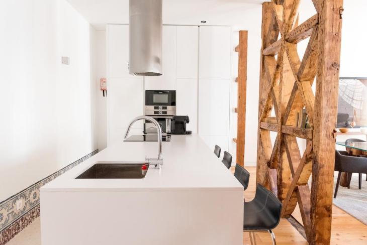 Flora Chiado Apartments review