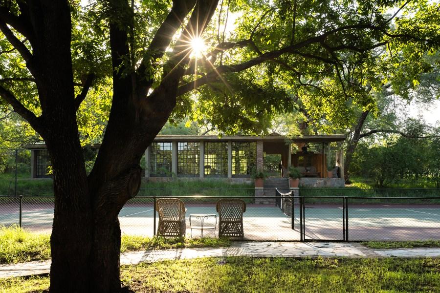 Singita-Castleton-Tennis-court
