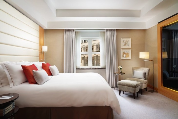 Conrad London St James_Deluxe One Bedroom Suite - Low Res