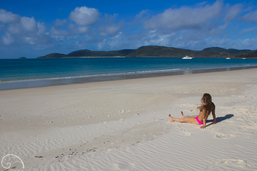 The beautiful Whitehaven Beach in Queensland, Australia on Whitsunday Island.