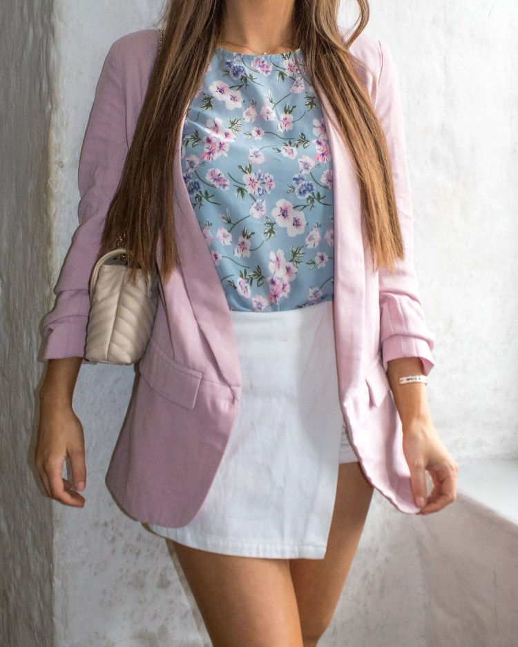 pastel outfit fashion blogger