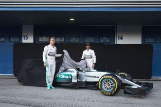 MERCEDES AMG PETRONAS F1 W06 Hybrid