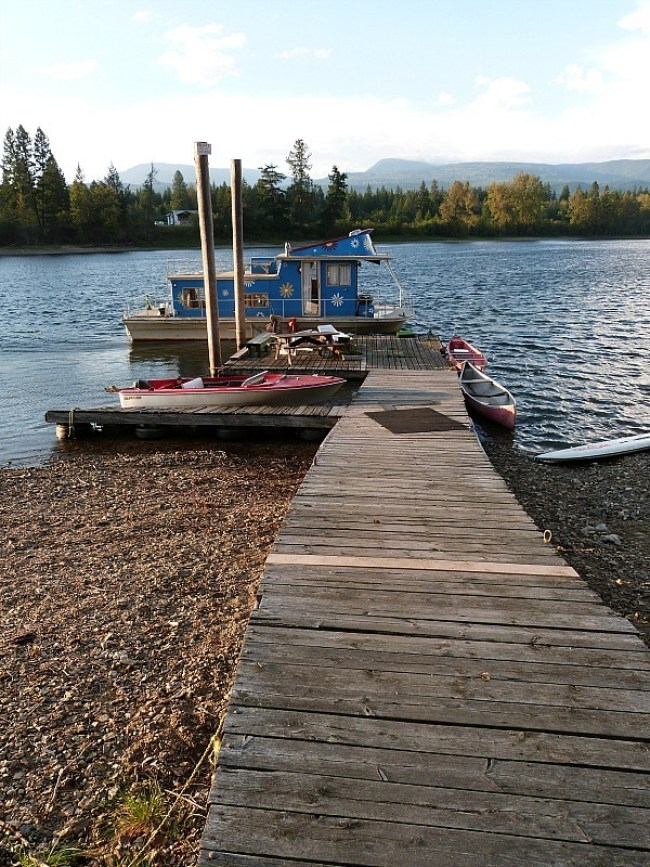The private dock of the Squilax hostel in Shuswap Lake where I did a Help X placement