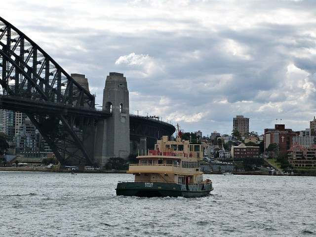 Harbour Ferries - One of the 30 reasons why I love Sydney