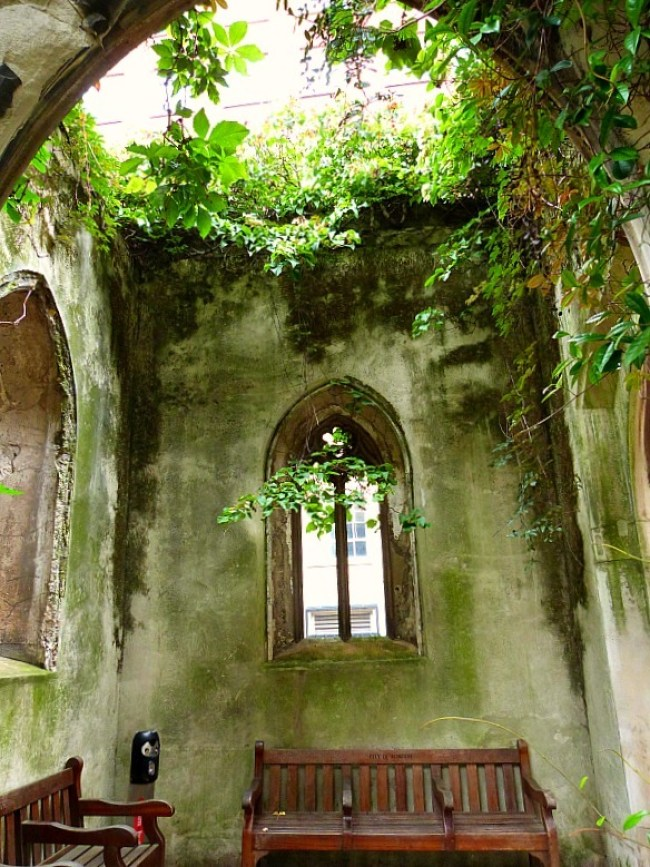 St Dunstans in the East in London - one of the best cemeteries to visit around the world