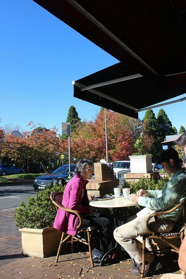 Morning coffee in Leura in the Blue Mountains of Australia