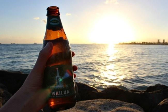 Sunset beer at Fort DeRussy in Waikiki