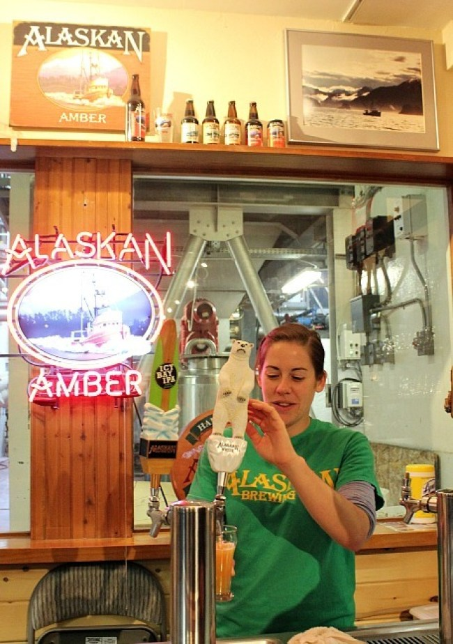 Beer tasting at Alaskan Brewing - a great activity in Juneau in the rain