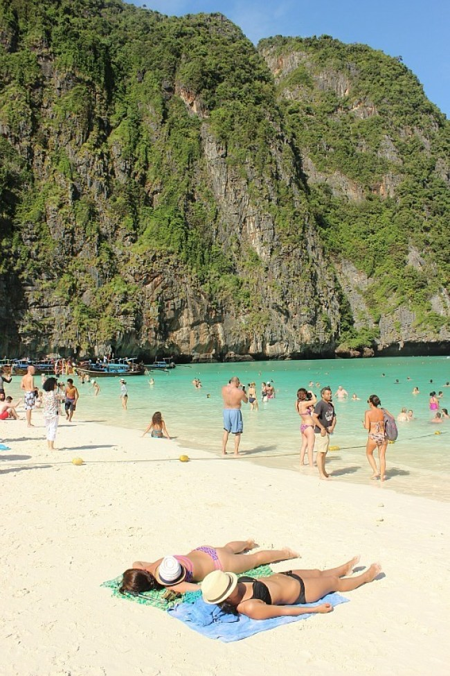 Daytripping to Maya Bay from Koh Lanta during month six of digital nomad life