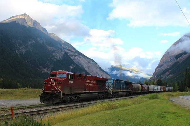 Train coming through Field BC