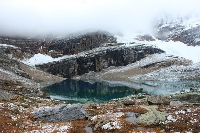 Beautiful Lake Oesa on the way to Abbot Pass Hut