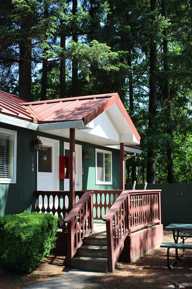 We stayed at Lone Fir Resort in Cougar WA during month 11 of digital nomad life