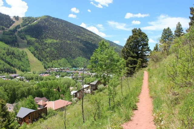 Hiking above Telluride during month 12 of digital nomad life