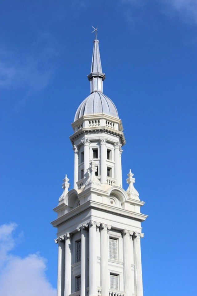 Auckland architecture during month 14 of digital nomad life - The World on my Necklace