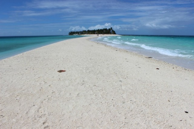 view-of Kalanggaman Island from-the-end-of-the-sand-bar