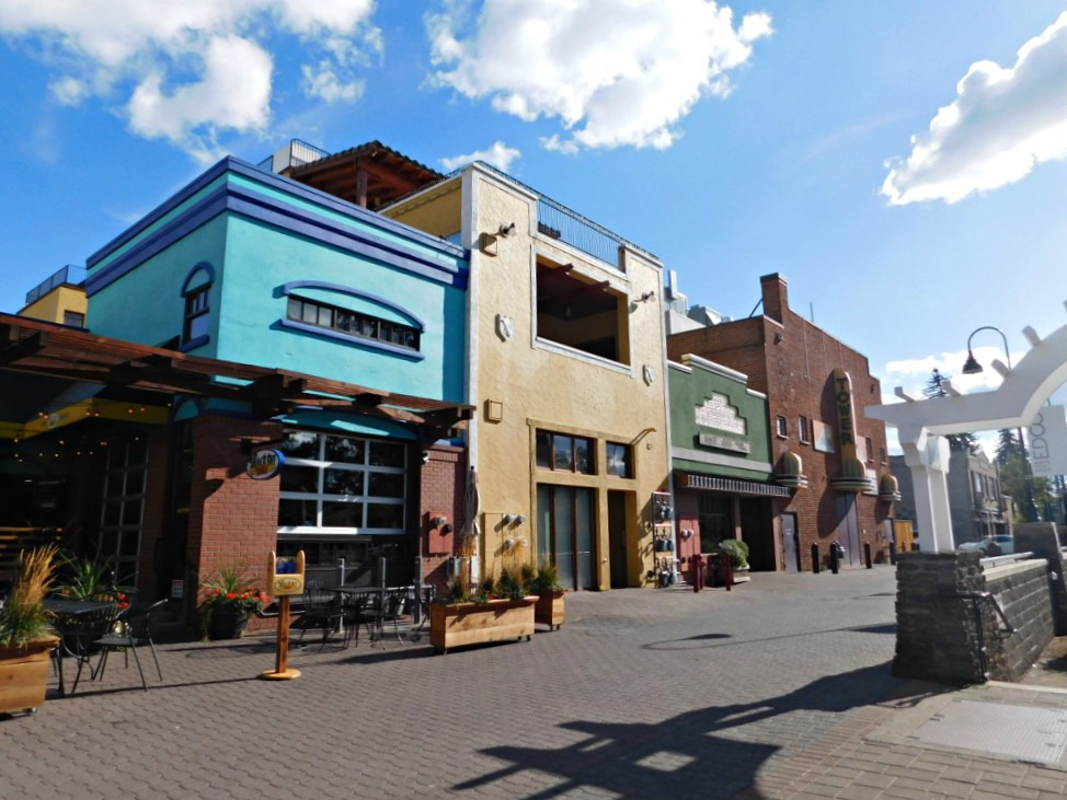 Exploring downtown Bend, Oregon during Month Twenty Eight of Digital Nomad Life